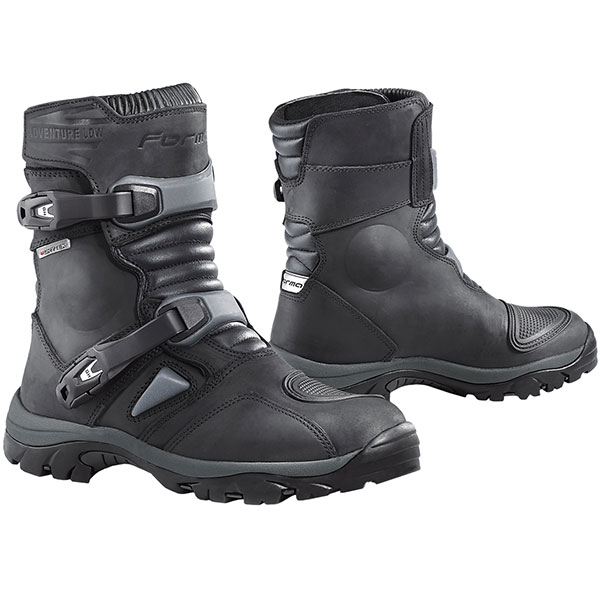 Forma Adventure Low Boots review