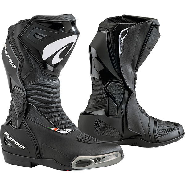 Forma Hornet Boots review